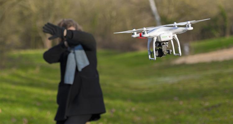 Quadrocopter und Drohnen aus der Sicht des Gesetzgebers